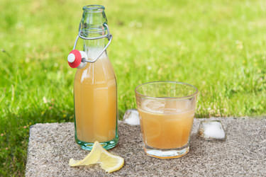Lemony summer drink