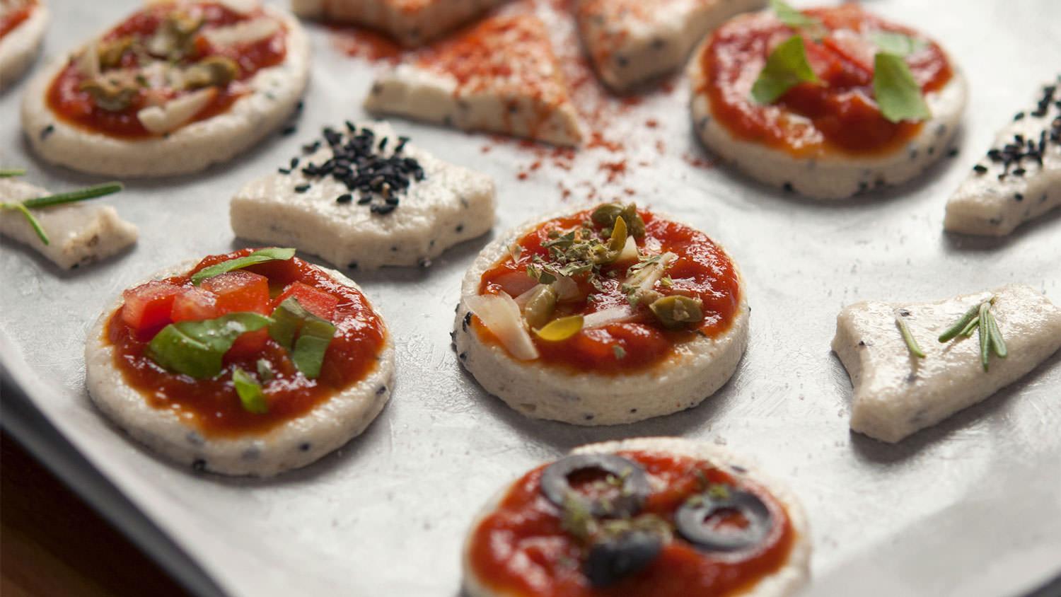 Mini pizzas and canap s the vegan corner for Canape para coctel